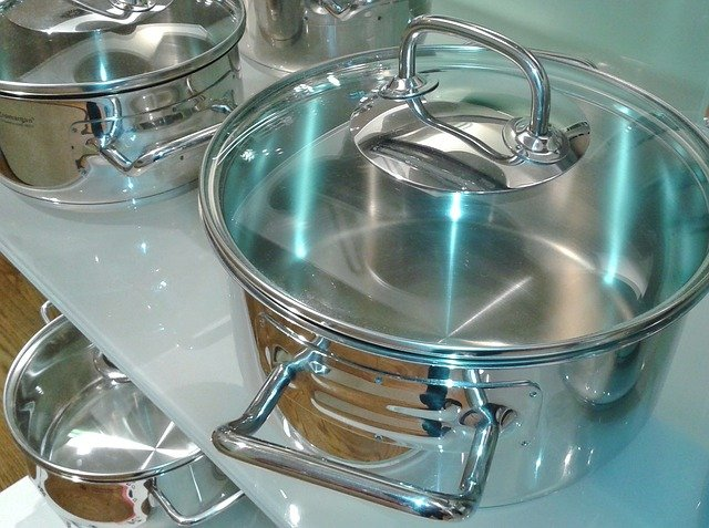 What are Stainless Steel Pots and Pans