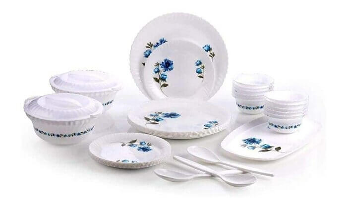 Overa Plastic Exclusive and Microwave Safe, Printed Round Flourish Dinner Set of 32 Pieces
